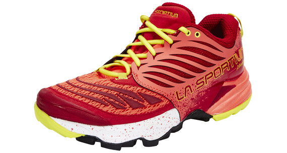 La Sportiva Akasha Trailrunning Shoes Women berry